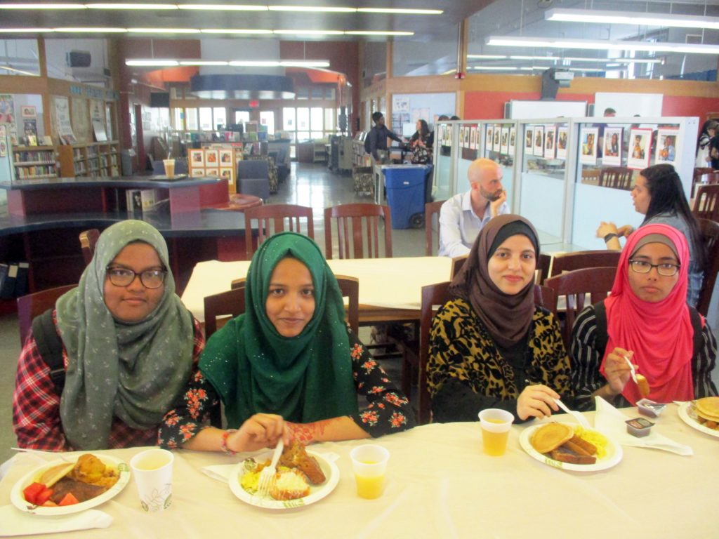 Senior Breakfast High School of Language and Innovation